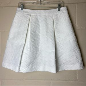 trina turk texture pleated white a line skirt 10